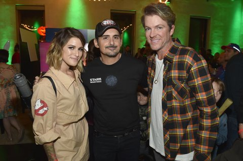 NASHVILLE, TN - OCTOBER 27: (L-R) Singer-songwriters Cassadee Pope, Brad Paisley and Joe Don Rooney of Rascal Flatts attend the Xbox Halloween Gaming Event hosted by Brad Paisley and Kimberly Williams-Paisley at Ruby on October 27, 2017 in Nashville, Tennessee.  (Photo by John Shearer/Getty Images for Xbox)