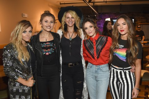 NASHVILLE, TN - NOVEMBER 07: (L-R) Singer-songwriter Lindsay Ell, Hannah Mulholland and Jennifer Wayne of Country Trio Runaway June, singer-songwriter Jillian Jacqueline Naomi Cooke of Country Trio Runaway June 2017 CMT Next Women Of Country Celebration at City Winery Nashville on November 7, 2017 in Nashville, Tennessee.  (Photo by Rick Diamond/Getty Images for CMT)
