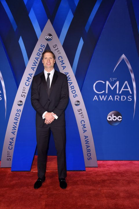 NASHVILLE, TN - NOVEMBER 08: Snger-songwriter Walker Hayes attends the 51st annual CMA Awards at the Bridgestone Arena on November 8, 2017 in Nashville, Tennessee.  (Photo by Michael Loccisano/Getty Images)