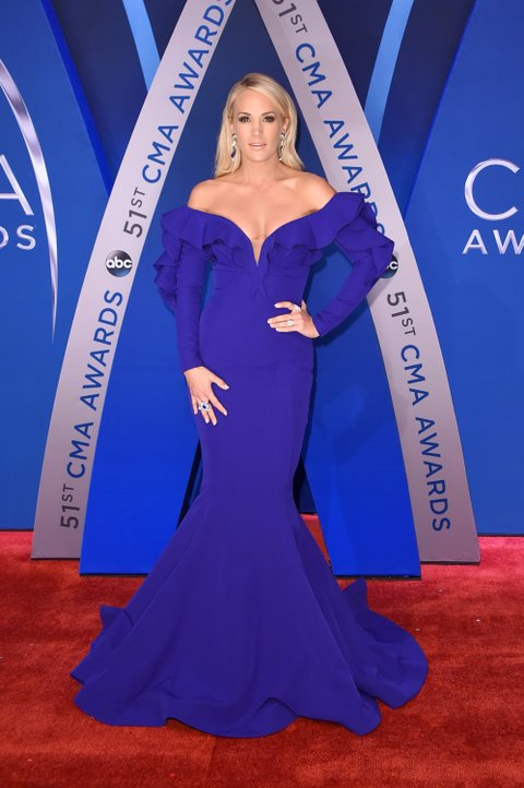 NASHVILLE, TN - NOVEMBER 08:  Singer-songwriter Carrie Underwood attends the 51st annual CMA Awards at the Bridgestone Arena on November 8, 2017 in Nashville, Tennessee.  (Photo by Michael Loccisano/Getty Images)