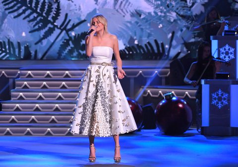 NASHVILLE, TN - NOVEMBER 14:  Recording artist Kelsea Ballerini performs during CMA 2017 Country Christmas at The Grand Ole Opry on November 14, 2017 in Nashville, Tennessee.  (Photo by Mickey Bernal/FilmMagic)