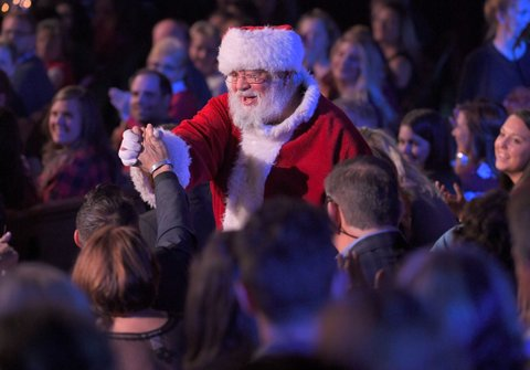NASHVILLE, TN - NOVEMBER 14:  Santa Claus performs during CMA 2017 Country Christmas at The Grand Ole Opry on November 14, 2017 in Nashville, Tennessee.  (Photo by Mickey Bernal/FilmMagic)