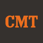 Thomas Rhett (left) and Nick Jonas kick off their edition of <I>CMT Crossroads</I>.