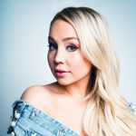 """In """"Me About Me, """"RaeLynn Recalls a Guy Who Didn't Ask Her About Her"""