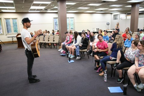 NASHVILLE, TN - JUNE 22: Singer-songwriter Dierks Bentley joins ACM Lifting Lives campers during ACM Lifting Lives Music Camp Songwriting Workshop at Vanderbilt University on June 22, 2017 in Nashville, Tennessee.  (Photo by Terry Wyatt/Getty Images for Academy of Country Music)