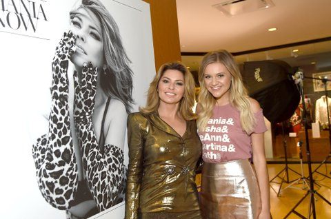 NASHVILLE, TN - JUNE 27:  Shania Twain (L) and Kelsea Ballerini (R) view Shania Twain's exhibit opening at Country Music Hall of Fame and Museum on June 27, 2017 in Nashville, Tennessee.  (Photo by Rick Diamond/Getty Images for Country Music Hall of Fame and Museum)