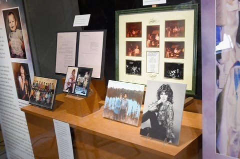 NASHVILLE, TN - JUNE 27:  Shania Twain's Exhibit Opening at Country Music Hall of Fame and Museum on June 27, 2017 in Nashville, Tennessee.  (Photo by Rick Diamond/Getty Images for Country Music Hall of Fame and Museum)